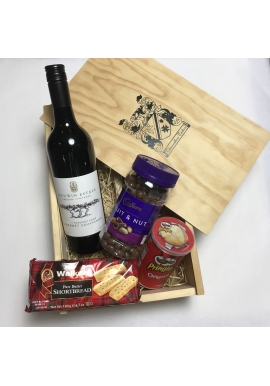 Entertainer's Red Gift Set